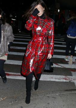 $2695 Burberry Women's Red Plaid Patent Wool Trench Rain Coa